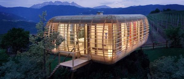 Une maison colo enti rement d montable mon coin designmon coin design - Petites maisons en bois ...