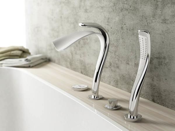 salle de bain design inspir e par une chute d 39 eau mon coin design. Black Bedroom Furniture Sets. Home Design Ideas