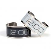 montre-design-futuriste-cst-01