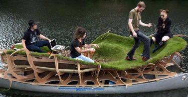 floating forest du Kindest Group