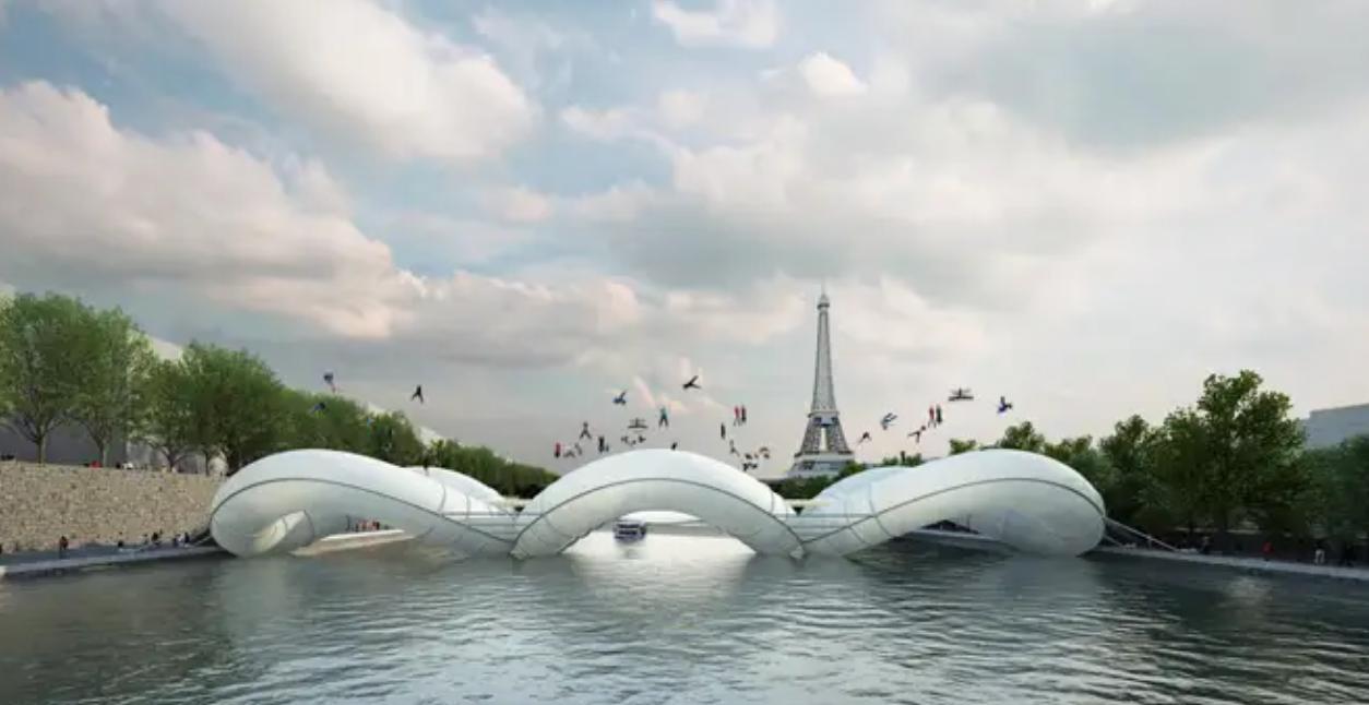 Bridge in Paris , le trampoline présent dans la capital française