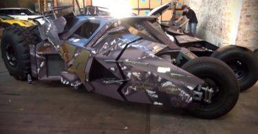 la Batmobile participe au Gumball 3000