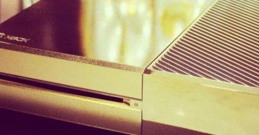 xbox one de luxe, la console en or signée Harrod's