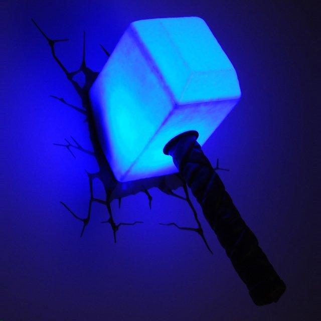 luminaire marteau de Thor