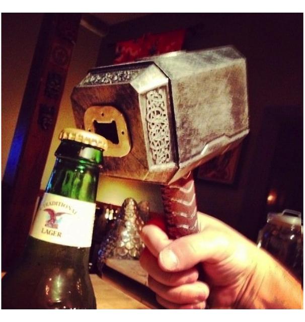 marteau de Thor décapsuleur