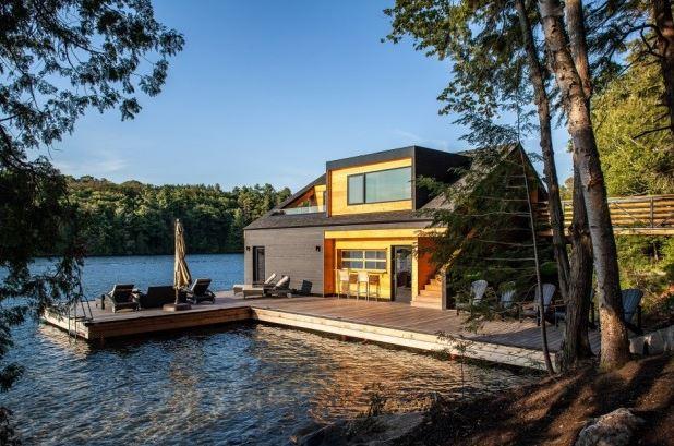 villa au Canada en bord de lac