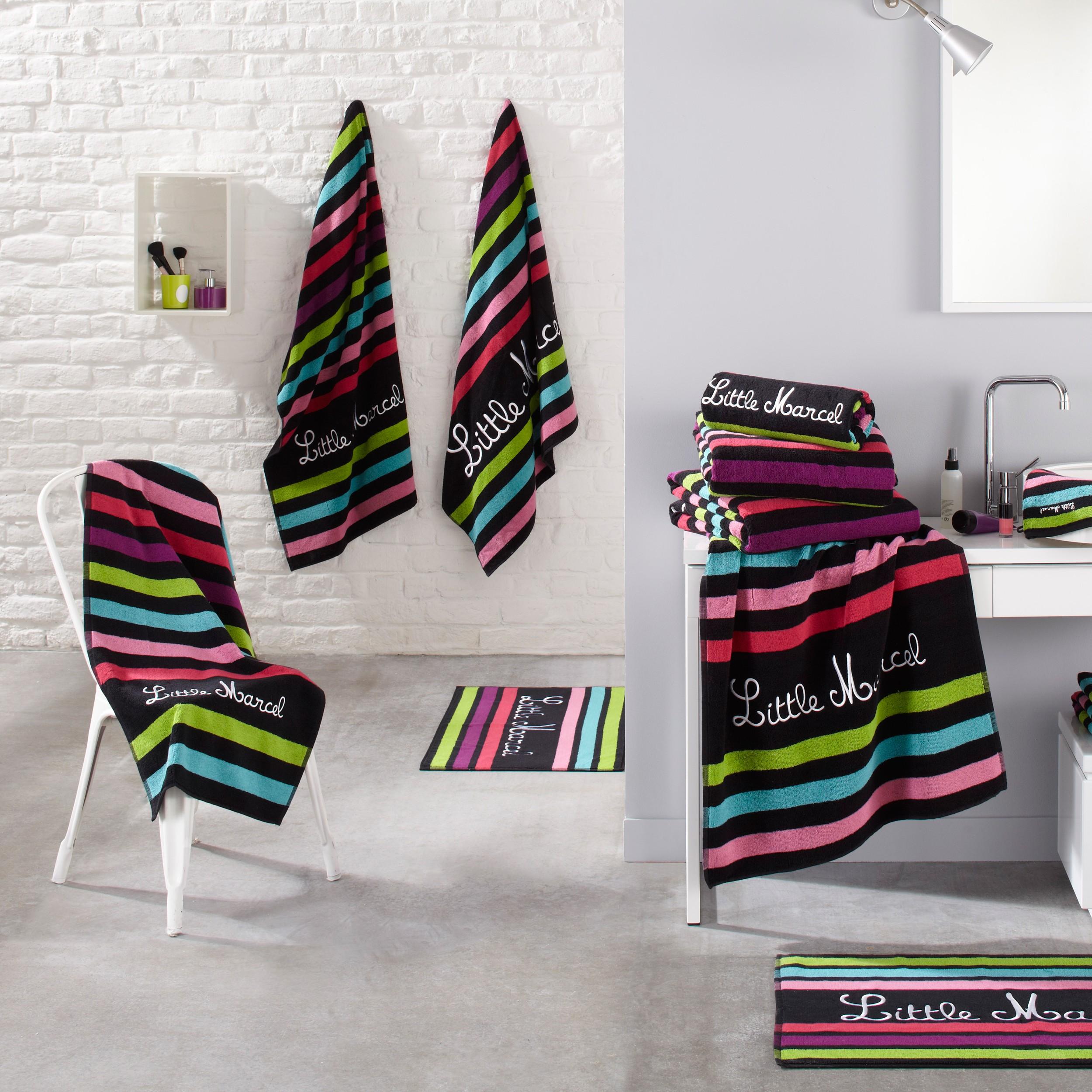 Des serviettes de bain de qualité pour le confort et le plaisir des ...