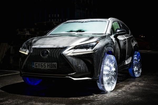 roues en glace signées Lexus